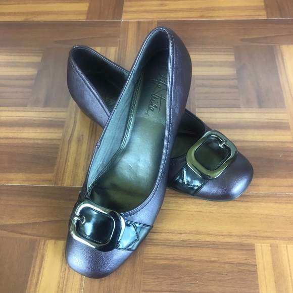 Life Stride Shoes - LIFE STRIDE TONI Eggplant Buckle Accent Flats